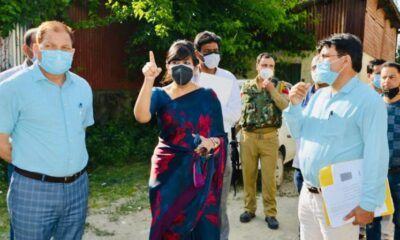 Secretary Cooperative Tourism inspects construction of farmer house in Baramulla, Tangmarg