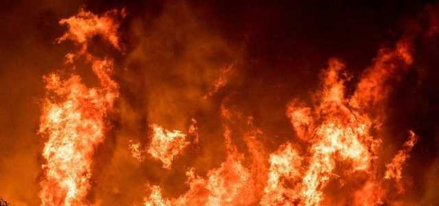 Massive fire in Jammu and Kashmir, many houses burnt