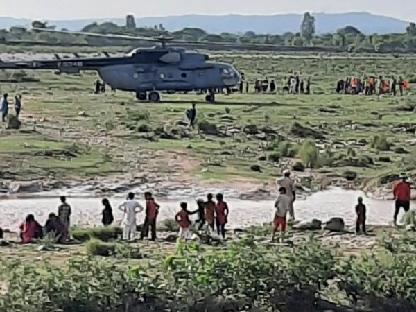 J&K: IAF rescues 5 people trapped in floods